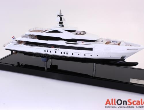 Heesen 60m yacht 1:50