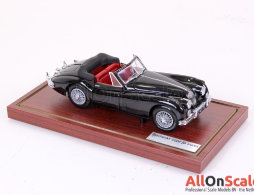 Jaguar Car 1:18