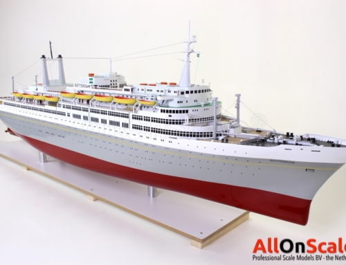 SS Rotterdam 1:100